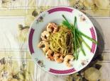 Prawn+Asparagus Aglio Olio